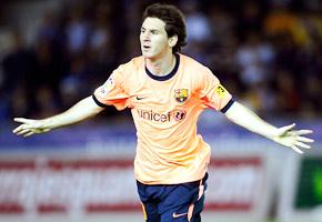 Con un Messi deslumbrante, Barcelona mantuvo la punta