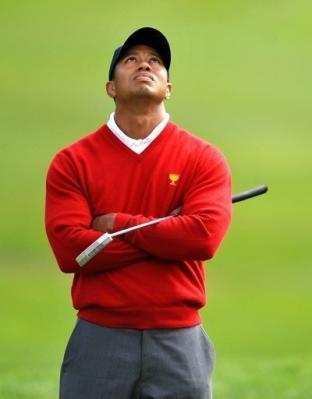 General Motors le saca los autos a Tiger Woods