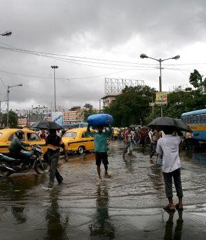Ciclón mata a 68 personas en la India