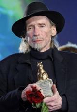 Murió el director de teatro y cine alemán que se había fascinado con el escritor uruguayo Juan Carlos Onetti