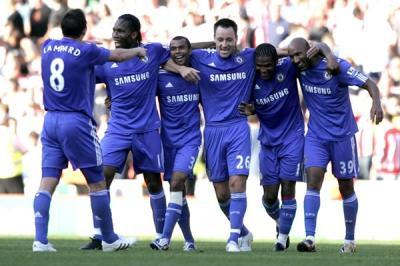 Aplastante goleada por 7-0 del Chelsea lo deja líder de la Premier