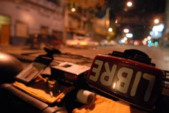 Extraño crimen de un taxista deja a Montevideo sin transporte