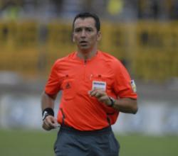 Peñarol le desea mucha suerte al mejor árbitro uruguayo para el Mundial pero ruega que después de retire