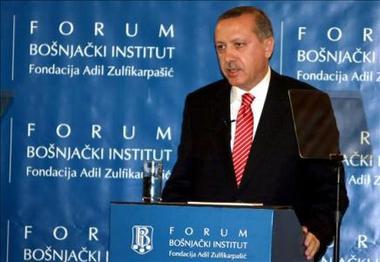 El primer ministro turco suspende viaje a Argentina por sentirse ofendido por Mauricio Macri