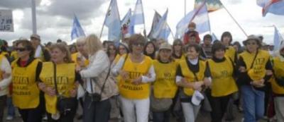 Piqueteros de Gualeguaychú analizan un bloqueo total el día del encuentro Mujica-Cristina