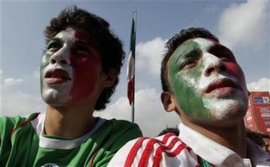 Los mexicanos pierden las esperanzas de seguir vivos en el Mundial