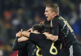 Alemania y Ghana a octavos de final