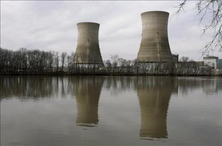EE.UU. ordena a las centrales de energía reducir emisiones de gases contaminantes