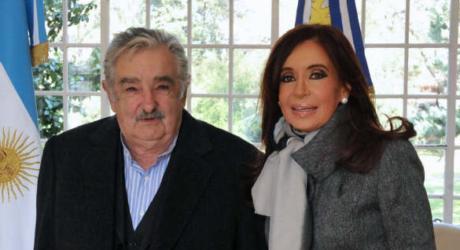 Uruguay y Argentina acordaron que 4 científicos hagan monitoreo ambiental del río