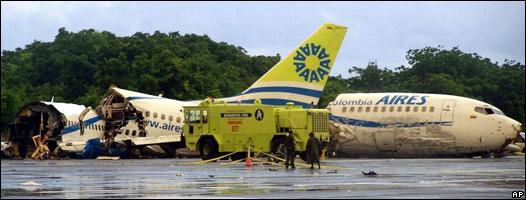 Colombia: avión se estrella por un rayo