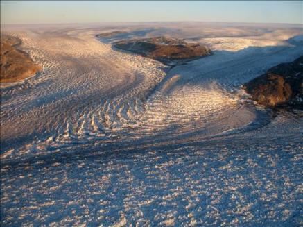 Los glaciares aumentan bruscamente su velocidad tras un terremoto glacial