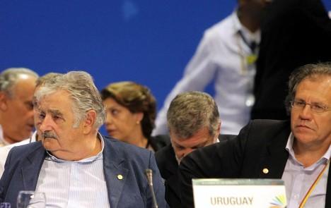 Cuba y Malvinas dividen el encuentro de mandatarios en Colombia