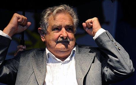 """Mujica: """"Me quedé corto cuando dije que los de la FIFA son una manga de hijos de puta"""""""