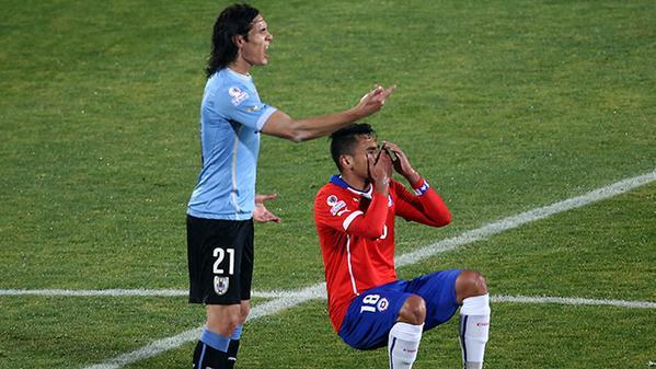 Archivan denuncia de Chile contra jugadores uruguayos; menos Cavani