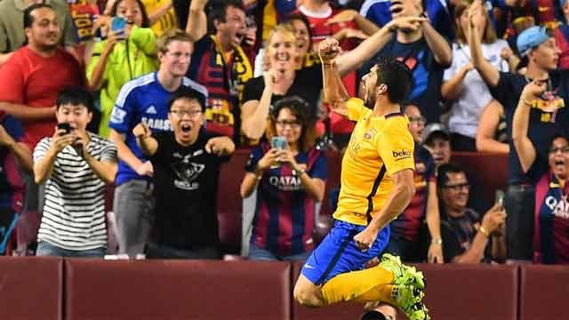 """Luis Suárez """"la pica"""" para hacerle un gol al Chelsea"""