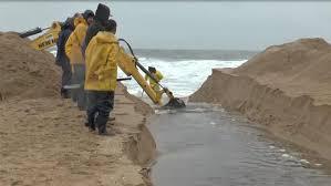 Abrieron la laguna de Rocha para que el agua salga hacia el mar