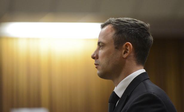 Oscar Pistorius seguirá cumpliendo su pena bajo arresto domiciliario en una mansión