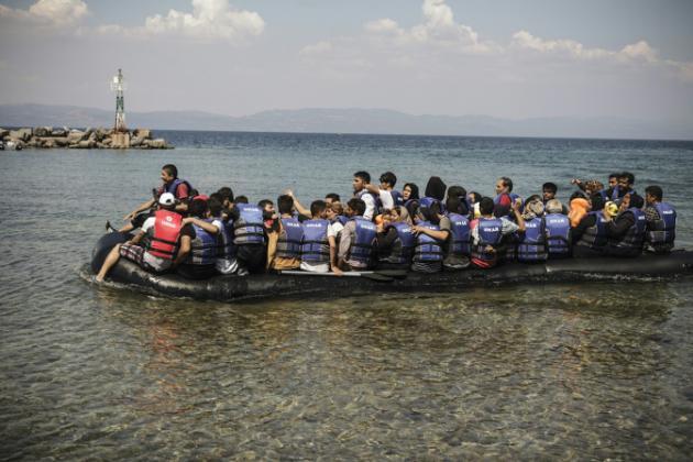 3.000 inmigrantes a la deriva en 18 barcos en el Mediterráneo