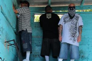 """Aparecen 14 reos muertos en un penal de El Salvador por aparente """"ajuste de cuentas"""""""
