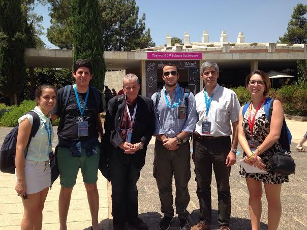 Cuatro estudiantes de Química de Uruguay y uno de sus profesores, junto a Premios Nobel, en Israel