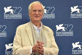 León de Oro por su trayectoria para Bertrand Tavernier