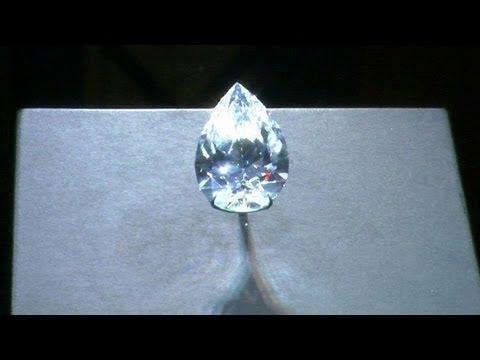 Una mujer china se come un diamante robado valorado en 277.000 dólares