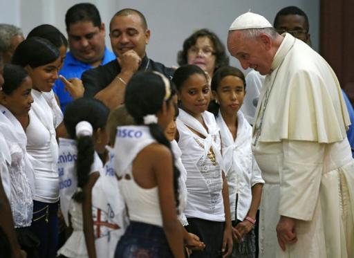 """El Papa resalta que la fe cubana sigue viva pese a las """"penurias"""""""