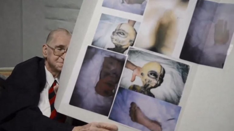 Científico realiza sorprendente confesión sobre aliens y muestra fotos antes de morir