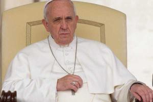 Escándalo en el Vaticano toma fuerza: Libro expone fuerte oposición a Francisco