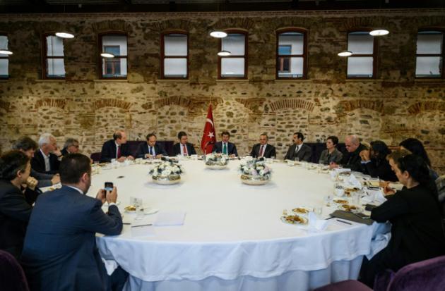 """Justo ellos: turcos acusan a Rusia de """"limpieza étnica"""" en Siria"""