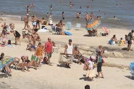 Hay cianobacterias en playas de Montevideo y recomiendan no bañarse