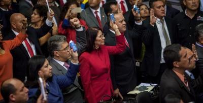 """Primera dama de Venezuela dice que el chavismo ganó el """"primer round"""" en el Parlamento"""