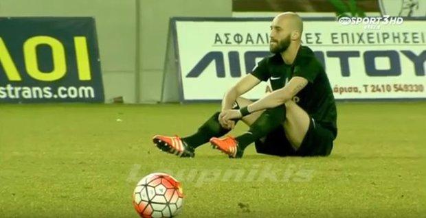 Jugadores griegos pararon un partido para protestar por la muerte de refugiados