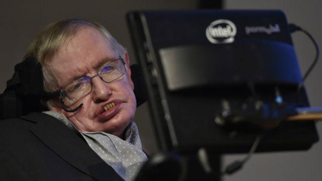 """Stephen Hawking y las ondas gravitacionales: """"Ofrecen una forma completamente nueva de mirar el Universo"""""""