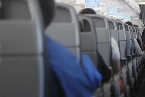 ¿Viajas mucho en avión? Las confesiones de una ex empleada de la industria te sorprenderán