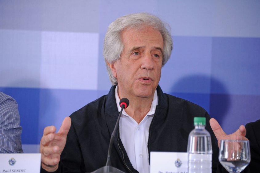 Vázquez no confía en los medios y recorrerá el país para dar la versión oficial sobre su gobierno