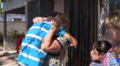 Conmovedora historia en Uruguay: Conoció a su madre y a su hermana gracias a Facebook