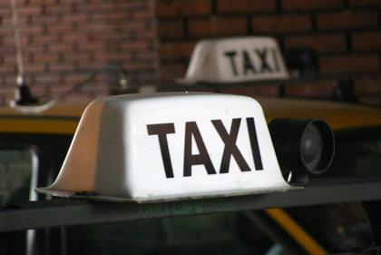 Los taxistas de Montevideo no trabajarán más madrugada