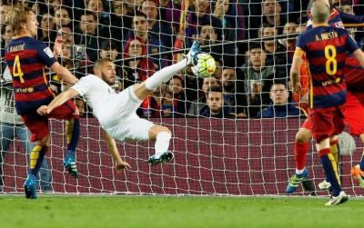 Real Madrid derrotó a Barcelona 2 a 1 en el Camp Nou