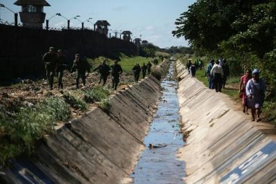Reo mata a su esposa durante visita y la entierra en su propia celda en Bolivia