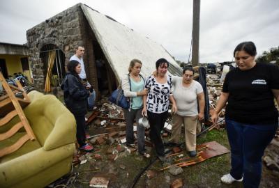 Una mujer de 61 años murió por tornado de Dolores; ya van cinco fallecidos