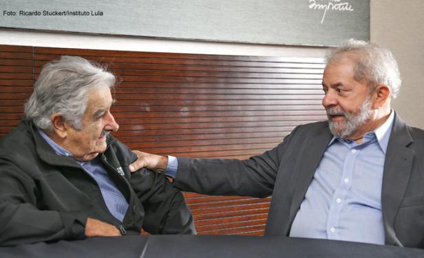 """""""Vamos a resistir"""", le dijo Lula a Mujica"""