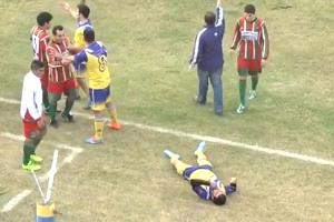 El fútbol argentino otra vez de luto: Jugador muere tras golpe de un rival