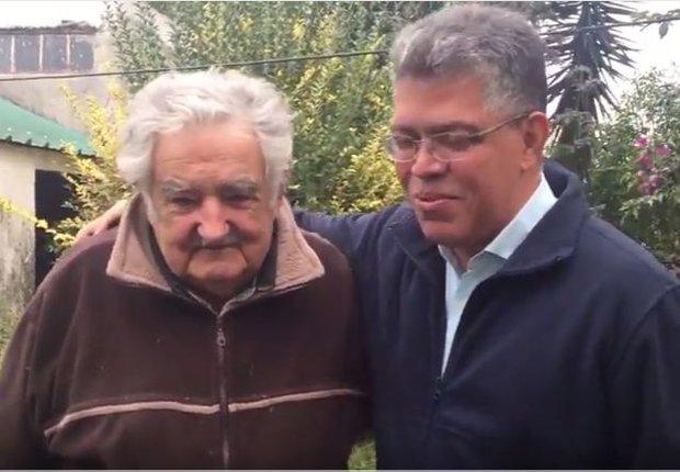 """Mujica pidió """"no meternos"""" en """"líos"""" de Venezuela"""