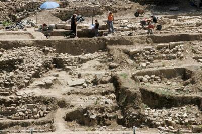 El arqueólogo prudente que halló la tumba de Aristóteles