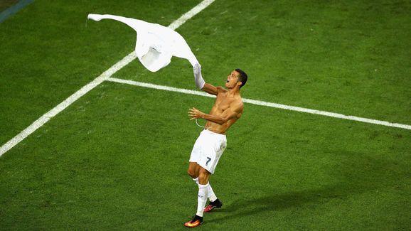 Tremendo enfado de Adidas con Cristiano Ronaldo tras su celebración en la final