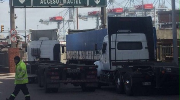Transporte de carga en Uruguay: Pérdidas de 10 millones de dólares diarios por paro
