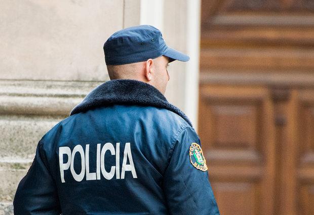 Le cortaron el cuello con un hacha en Cerro Largo; tres jóvenes detenidos