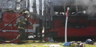 5 muertos y 25 heridos en brutal choque entre camión y autobús en Florida, EEUU