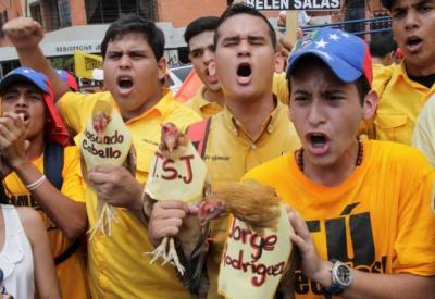 """Asamblea Nacional de Venezuela aprueba remover a magistrados """"chavistas"""" del Tribunal Supremo de Justicia"""